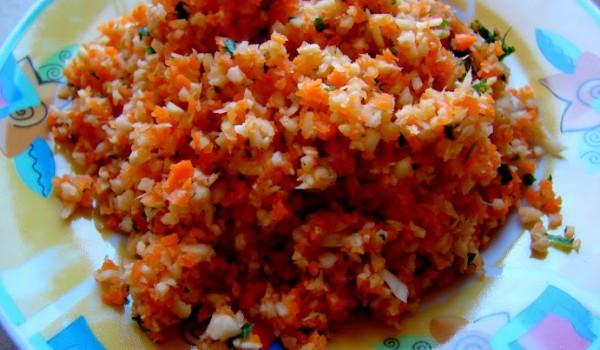 Surówka z marchewki i pietruszki