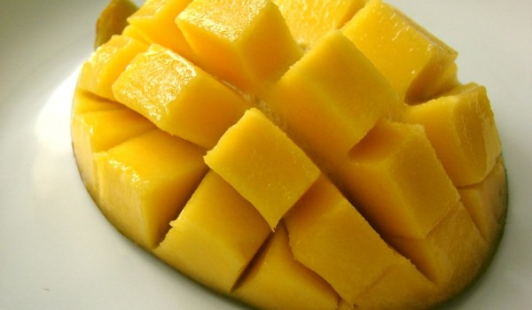 jak jesc owoc mango