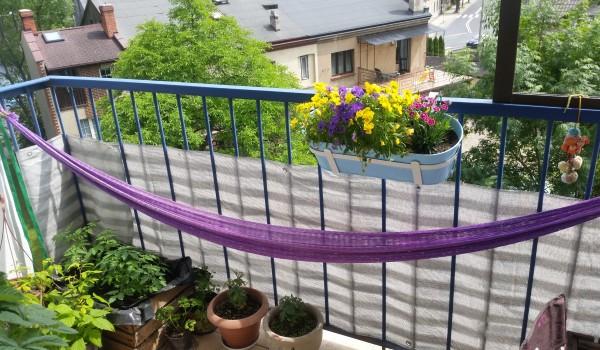 balkon w bloku - pomysły i inspiracje