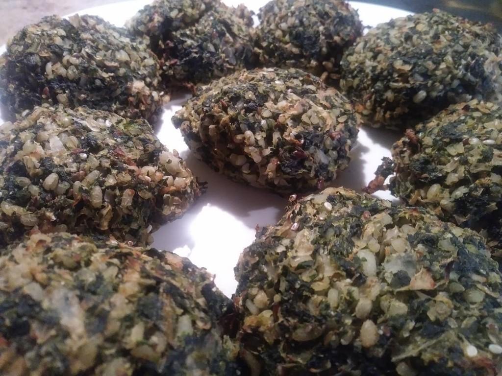 Kotletosy miszmaszowe 😜 Kasza bulgur, pieczarki, szpinak, siemie lniane, cebulka i czosnek - Marta