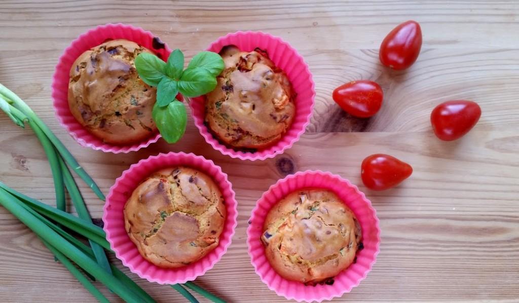 muffinki z mąki z ciecierzycy